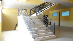 Escaleras al tercer nivel