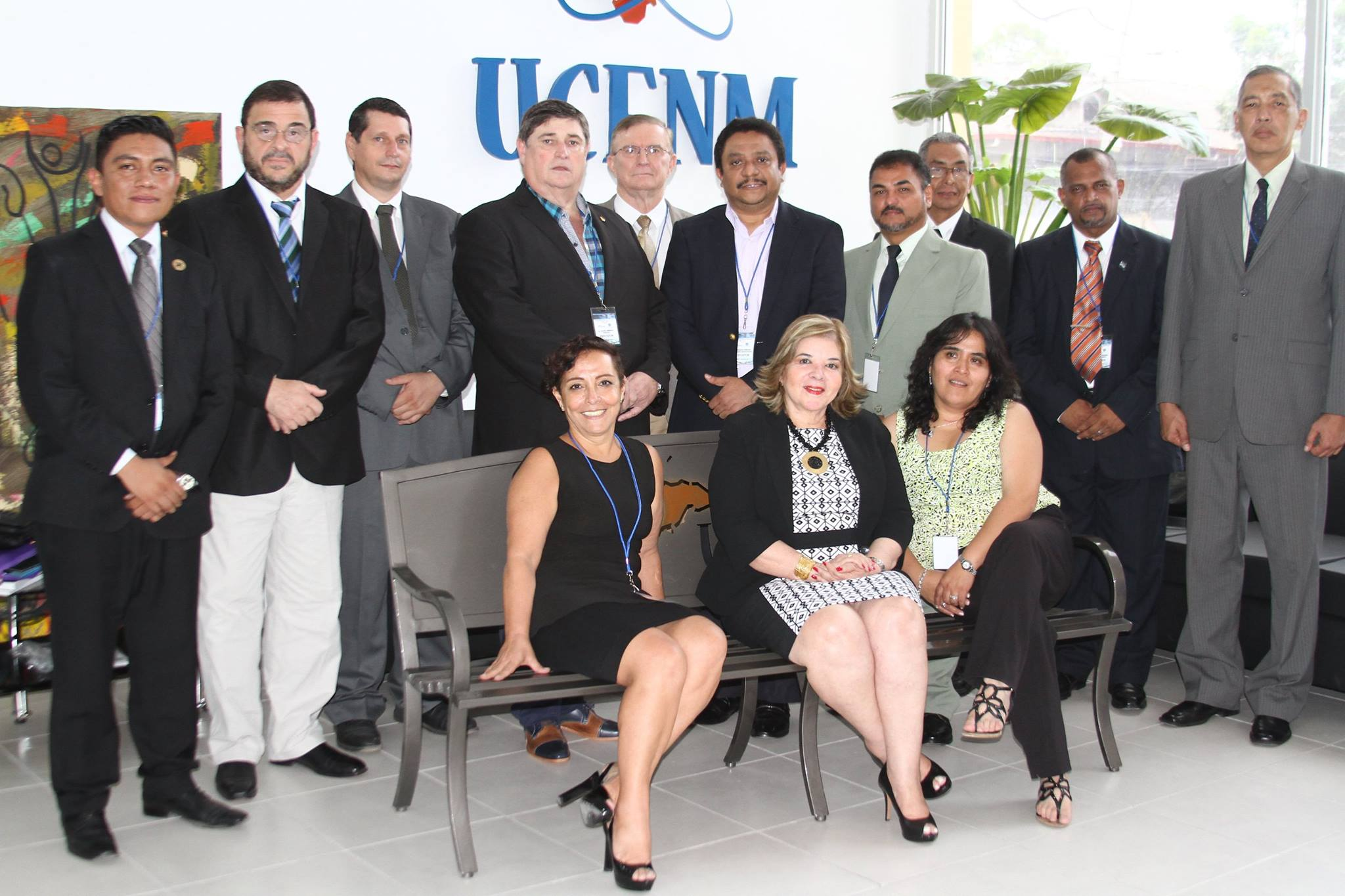 Autoridades de UCENM y de la CAD-IAI